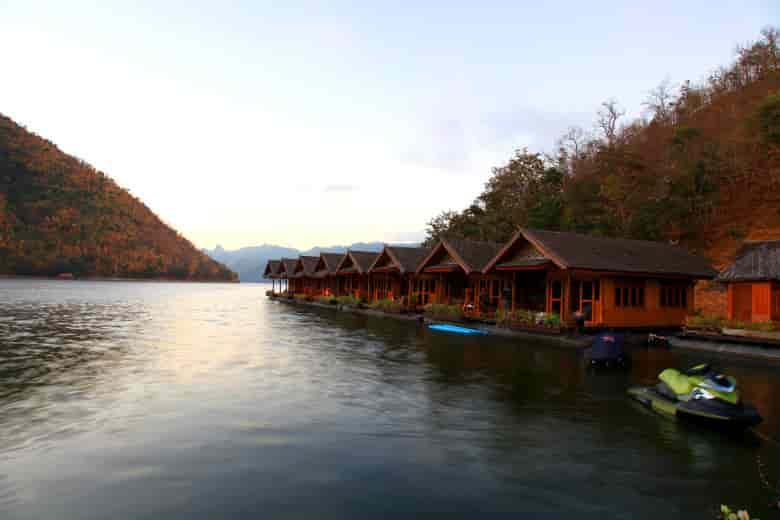 pae-pee-krong-resort-jetki